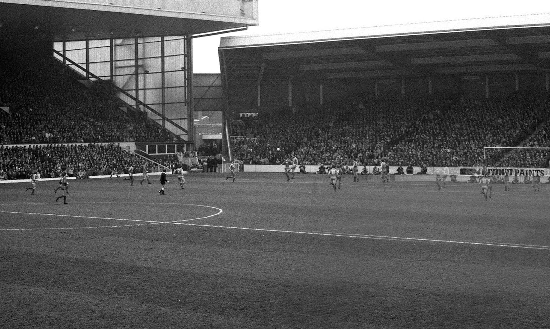 The History of Liverpool FC - Anfield oStadium