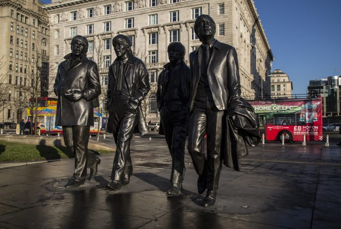 5 things you'll see on our liverpool bus tour